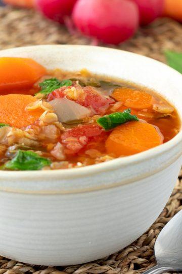 Lentil stew radish green radish